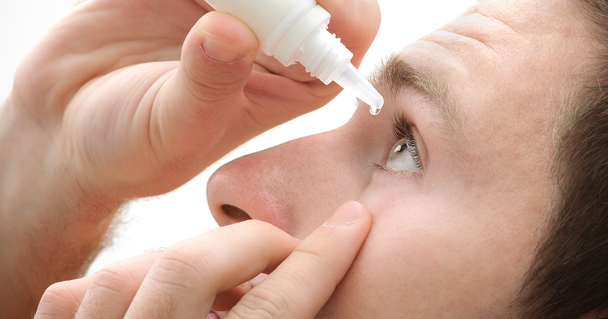 How to put eye drops in your eyes the right way